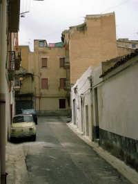 Per le vie di Alcamo: Via Cortile Alesi  - Alcamo (1053 clic)