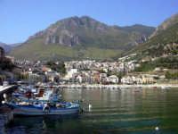 Al porto  - Castellammare del golfo (1348 clic)