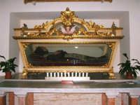 All'interno della chiesa di S.Maria del Gesu' - Il Beato Arcangelo -  - Alcamo (2821 clic)