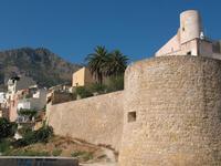 Per le vie di Castellammare del Golfo (142 clic)