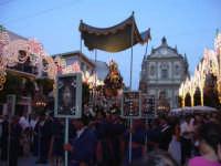 Festeggiamenti in onore a Maria s.s. Dei Miracoli con vista della chiesa del Collegio in piazza Ciullo  - Alcamo (2047 clic)