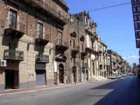 Per le vie di Alcamo: Corso 6 Aprile in una giornata d' estate  - Alcamo (1575 clic)