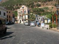 Per le vie di Castellammare  - Castellammare del golfo (546 clic)