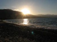 Spiaggia di Castellammare al tramonto  - Castellammare del golfo (796 clic)