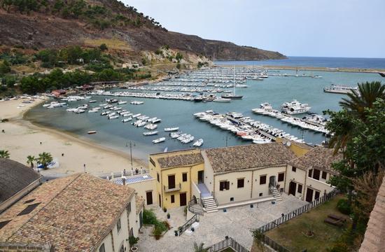 Per le vie di Castellammare del Golfo - CASTELLAMMARE DEL GOLFO - inserita il 06-Oct-14