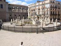 Per le vie di Palermo (736 clic)
