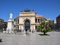 Per le vie di Palermo (706 clic)