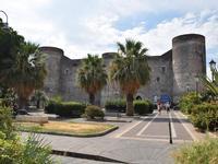 Per le vie di Catania (423 clic)