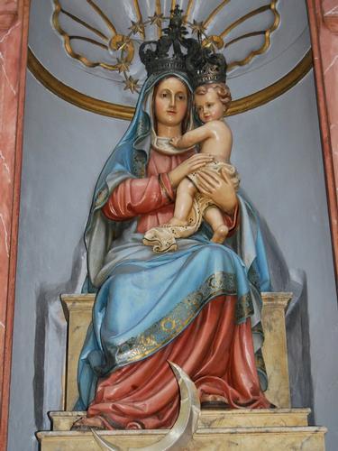 Dentro la chiesa di San Oliva  -  - inserita il 08-Jan-11