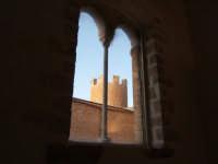 La torre vista dall'interno del castello dei Conti di Modica  - Alcamo (2950 clic)