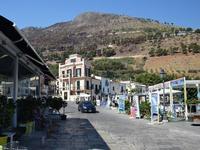 Per le vie di Castellammare   - Castellammare del golfo (136 clic)