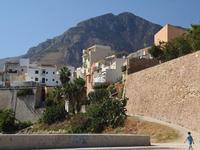 Per le vie di Castellammare   - Castellammare del golfo (105 clic)