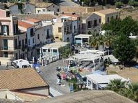 Per le vie di Castellammare   - Castellammare del golfo (180 clic)