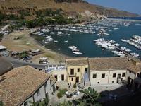 Per le vie di Castellammare   - Castellammare del golfo (191 clic)