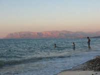 Guardando verso Balestrade  - Castellammare del golfo (1323 clic)