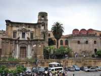 Per le vie di Palermo  - Palermo (2900 clic)
