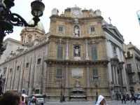 Per le vie di Palermo  - Palermo (2660 clic)