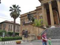 Per le vie di Palermo  - Palermo (2606 clic)