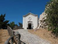 Chiesetta sul monte Bonifato  MariaS.S. dell'Alto   - Alcamo (660 clic)