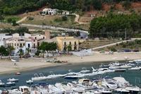 Per le vie di Castellammare del Golfo (371 clic)