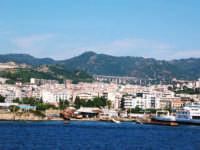 Messina vista dal traghetto  - Messina (3336 clic)