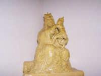 Scultura creata in cartapesta figurante la Madonna dei miracoli  - Alcamo (1351 clic)