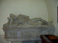 All'interno del santuario di Maria s.s. Dei Miracoli,(Capitano Fernando Vega)  - Alcamo (1778 clic)