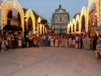 Piazza Ciullo, in occasione della festa di Maria S.S. dei Miracoli patrona di Alcamo 20/06/2006  - Alcamo (5311 clic)