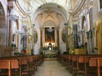 All'interno della chiesa del Santuario Maria s.s. dei Miracoli  - Alcamo (4749 clic)