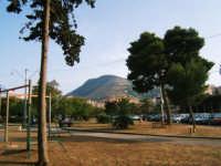 Vista del monte Bonifato dalla piazza della Repubblica   - Alcamo (1175 clic)