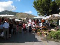 Al mercatino del mercoledì  - Alcamo (1078 clic)