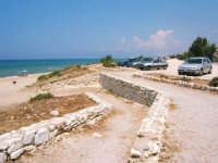 Discesa per la spiaggia  - Castellammare del golfo (1130 clic)