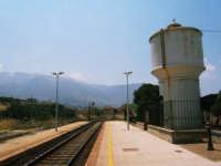 Stazione F.S.  - Castellammare del golfo (1150 clic)
