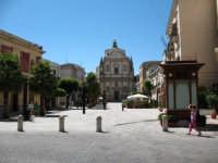 Piazza Ciullo,con il chiosco ristrutturato  - Alcamo (2173 clic)