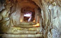 il castello dei conti (interno cunicolo sotto il castello)    - Modica (2929 clic)