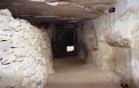 il castello dei conti (interno cunicolo sotto il castello)    - Modica (2222 clic)