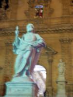 SANTUNI (una delle statue posta sulla scalinata di S.Pietro) SANTUNI (una delle statue posta sulla scalinata di S.Pietro)  - Modica (3411 clic)
