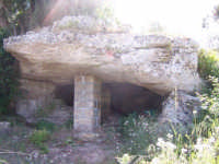 Dolmen  - Avola (8353 clic)