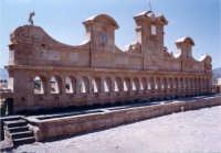 Granfonte. Fontana ornamentale con 24 cannoli d'acqua  - Leonforte (6777 clic)