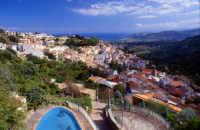 Veduta sul mare con lo sfondo di Tindari  - Montagnareale (2768 clic)