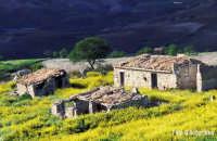 Centuripe (EN) - Vecchi casolari - Foto di Giuseppe Accordino  - Centuripe (13664 clic)