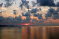 Tramonto a Capo Calavà (3) - Foto di Giuseppe Accordino  - Gioiosa marea (6100 clic)