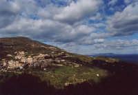Panorama con lo sfondo delle isole Eolie (1)  - Montagnareale (3453 clic)