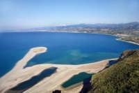 TINDARI (ME) - Laghetti di Marinello con vista della costa tirrenica da Oliveri a Milazzo - Foto di Giuseppe Accordino  - Tindari (11076 clic)