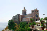 Tindari - Il Santuario -  Foto di Giuseppe Accordino  - Tindari (8580 clic)
