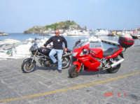 Acitrezza   Ti61no-Irino Passione Ducati  - Acireale (3284 clic)