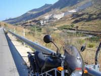 Strada per S.Vito lo capo...........Passione Ducati  - Makari (2826 clic)