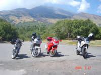 Rifugio Citelli Etna Nord ............Passione Ducati  - Sant'alfio (3095 clic)