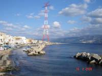 Vista sullo stretto....  - Torre faro (9229 clic)