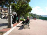 in piazza  - San salvatore di fitalia (3808 clic)